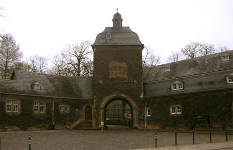 Schlossanlage Röttgen - Foto: M. Pfeiffer - GNU-FDL / Zum Vergrößern auf das Bild klicken