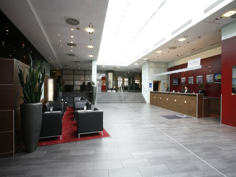 Hilton cologne for Design hotel koeln