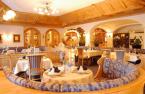 Plunhof Speisesaal / Zum Vergrößern auf das Bild klicken